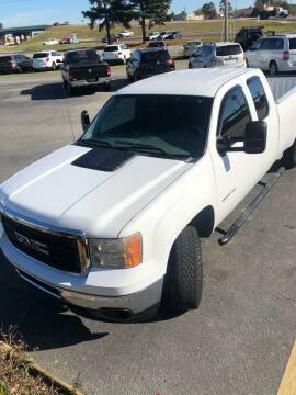2013 GMC Sierra 2500HD for sale at BRYANT AUTO SALES in Bryant AR