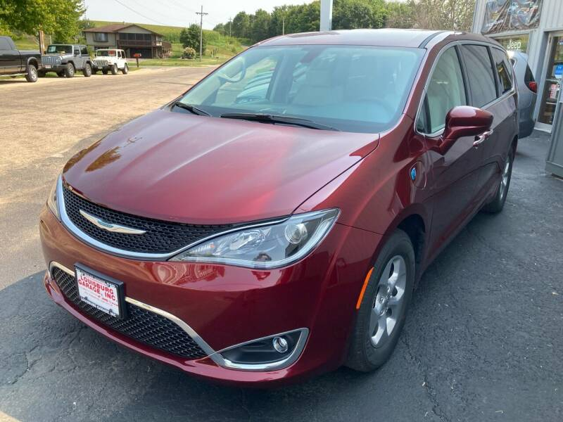 2020 Chrysler Pacifica Hybrid for sale at Louisburg Garage, Inc. in Cuba City WI