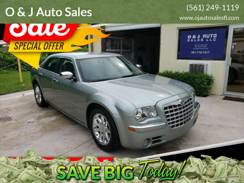 2005 Chrysler 300 for sale at O & J Auto Sales in Royal Palm Beach FL