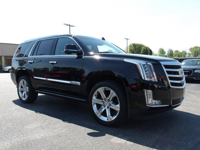 2017 Cadillac Escalade for sale at TAPP MOTORS INC in Owensboro KY