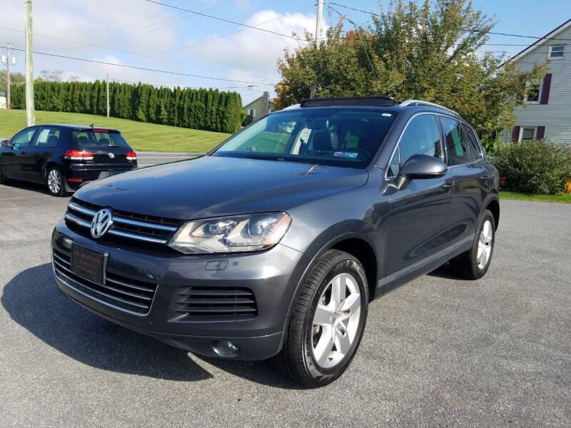 2013 Volkswagen Touareg for sale at John Huber Automotive LLC in New Holland PA