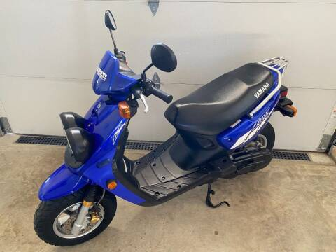 2004 Yamaha ZUMA SPORT SCOOTER for sale at AUTOBARN SALES & LEASING, INC. in Francesville IN