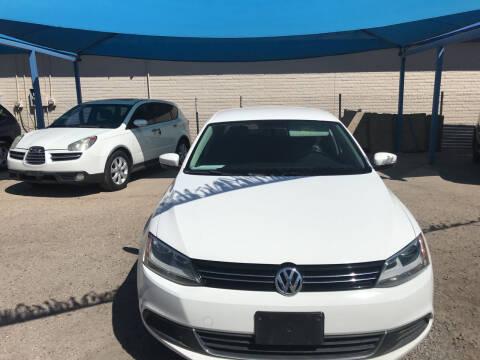 2013 Volkswagen Jetta for sale at Autos Montes in Socorro TX