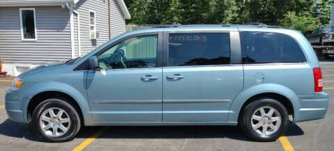 2009 Chrysler Town and Country for sale at Hilltop Auto in Prescott MI
