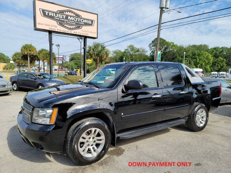 2007 Chevrolet Avalanche for sale at Trust Motors in Jacksonville FL