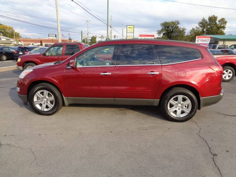 2011 Chevrolet Traverse for sale at Cars Unlimited Inc in Lebanon TN