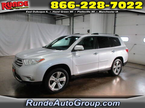 2013 Toyota Highlander for sale at Runde Chevrolet in East Dubuque IL