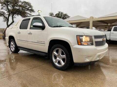 2012 Chevrolet Avalanche for sale at Thornhill Motor Company in Hudson Oaks, TX