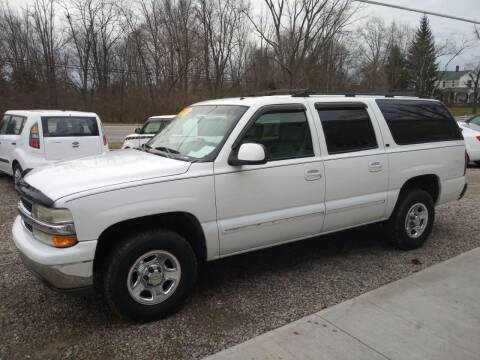 2002 Chevrolet Suburban for sale at Beechwood Motors in Somerville OH