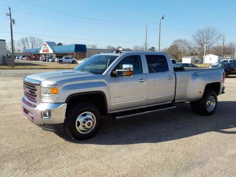 2016 GMC Sierra 3500HD for sale at Young's Motor Company Inc. in Benson NC