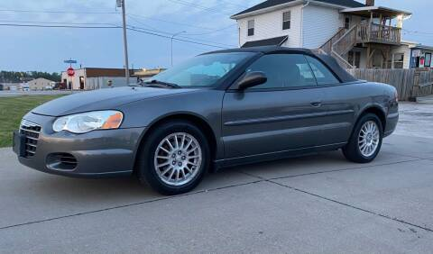 2005 Chrysler Sebring for sale at QUAD CITIES AUTO SALES in Milan IL