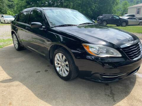 2013 Chrysler 200 for sale at Day Family Auto Sales in Wooton KY