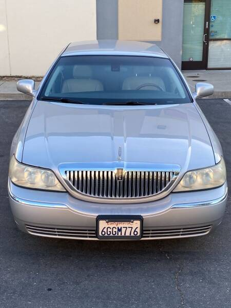 2003 Lincoln Town Car for sale at Auto Emporium in San Jose CA