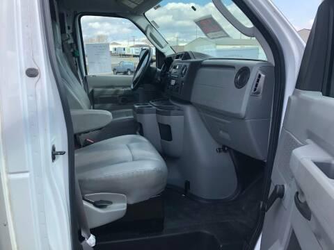 2015 Ford 16' Cube Van 59,760mi LIKE NEW