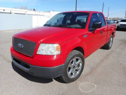 2005 Ford F-150 for sale at AUGE'S SALES AND SERVICE in Belen NM