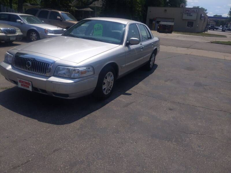 2007 Mercury Grand Marquis for sale at NORTHERN MOTORS INC in Grand Forks ND