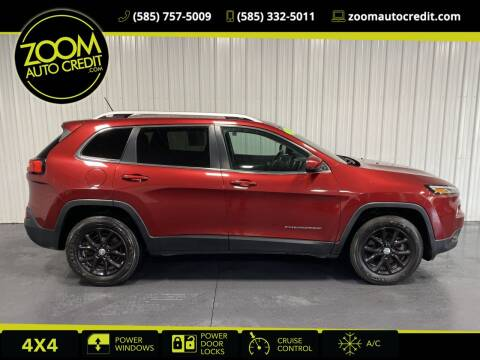 2014 Jeep Cherokee for sale at ZoomAutoCredit.com in Elba NY