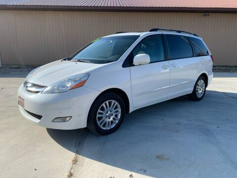 2009 Toyota Sienna for sale at BROTHERS AUTO SALES in Hampton IA