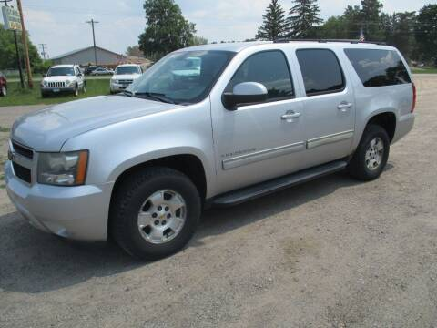 2011 Chevrolet Suburban for sale at D & T AUTO INC in Columbus MN