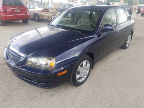 2006 Hyundai Elantra for sale at Springfield Select Autos in Springfield IL