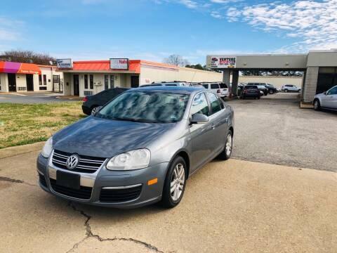2007 Volkswagen Jetta for sale at VENTURE MOTOR SPORTS in Virginia Beach VA