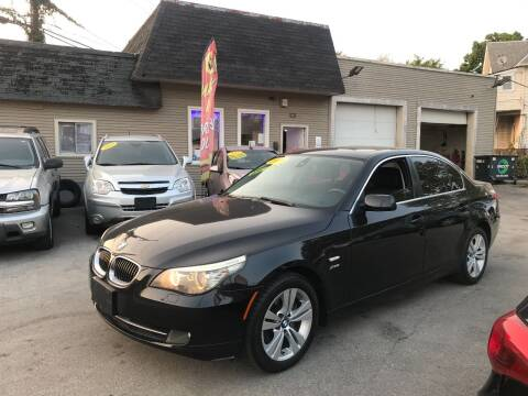 2009 BMW 5 Series for sale at Global Auto Finance & Lease INC in Maywood IL