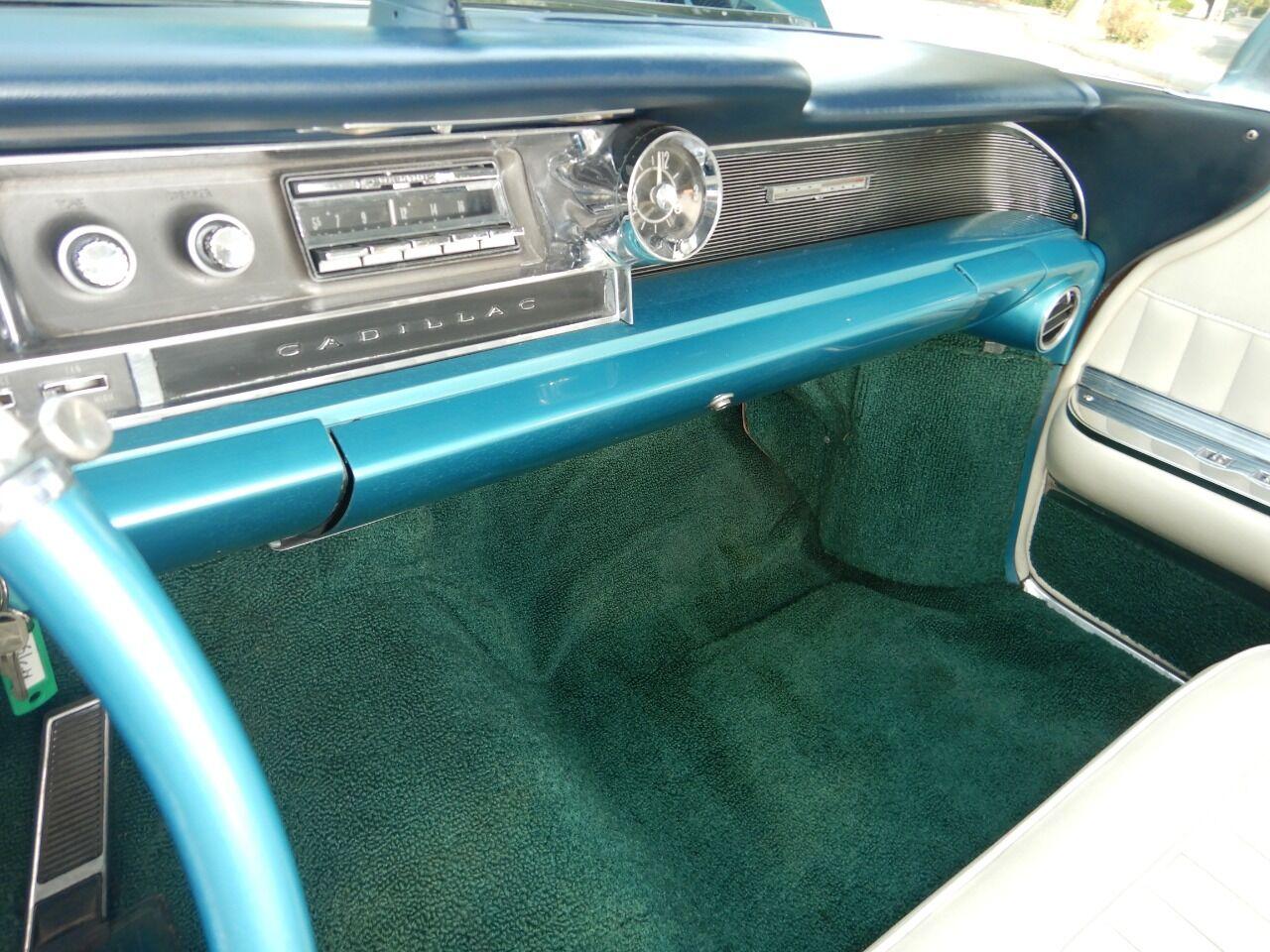 1961 Cadillac Eldorado Biarritz 48