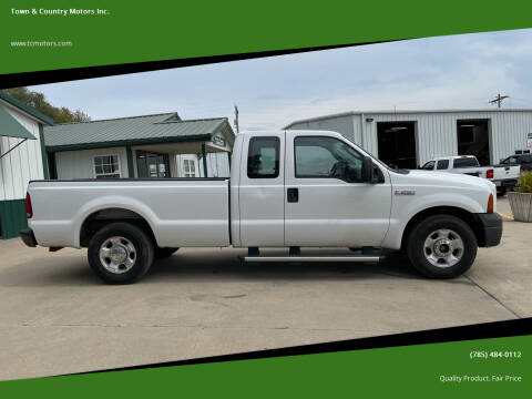 2006 Ford F-250 Super Duty for sale at Town & Country Motors Inc. in Meriden KS