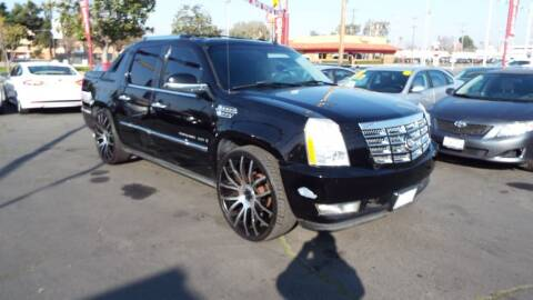 2007 Cadillac Escalade EXT for sale at 559 Motors in Fresno CA