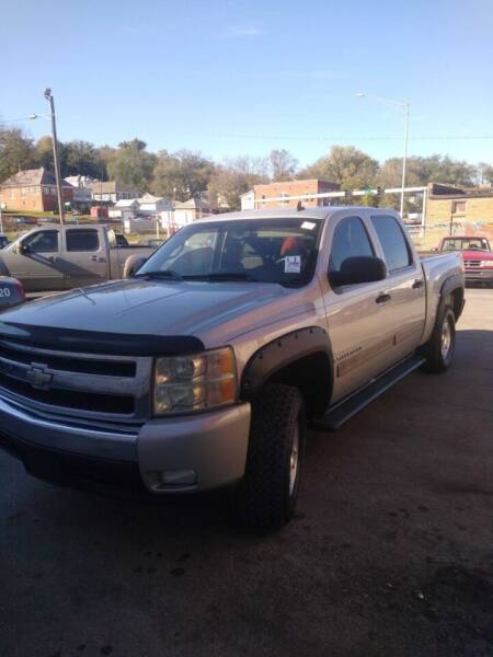 2008 Chevrolet Silverado 1500 for sale at Jak's Preowned Autos in Saint Joseph MO