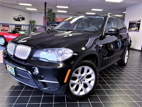 2013 BMW X5 for sale at SAINT CHARLES MOTORCARS in Saint Charles IL