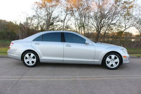 2007 Mercedes-Benz S-Class for sale at Clear Lake Auto World in League City TX