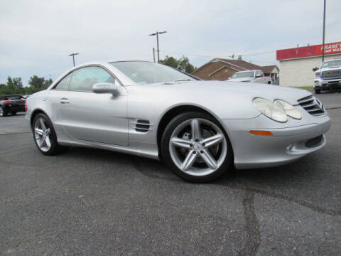 2005 Mercedes-Benz SL-Class for sale at TAPP MOTORS INC in Owensboro KY