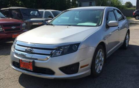 2011 Ford Fusion for sale at Knowlton Motors, Inc. in Freeport IL