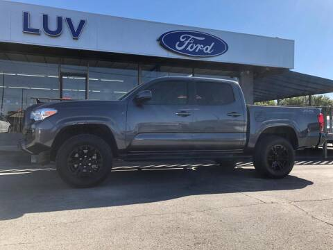 2020 Toyota Tacoma for sale at Luv Motor Company in Roland OK