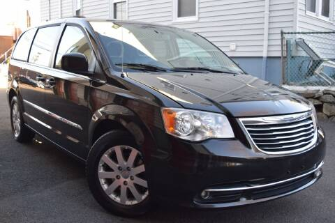2013 Chrysler Town and Country for sale at VNC Inc in Paterson NJ