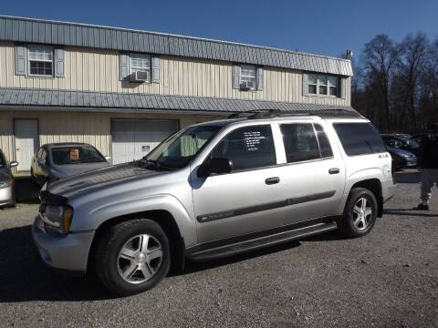 2004 Chevrolet TrailBlazer for sale at Country Side Auto Sales in East Berlin PA