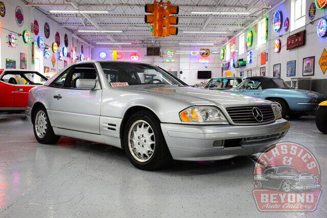 1998 Mercedes-Benz SL-Class for sale at Classics and Beyond Auto Gallery in Wayne MI