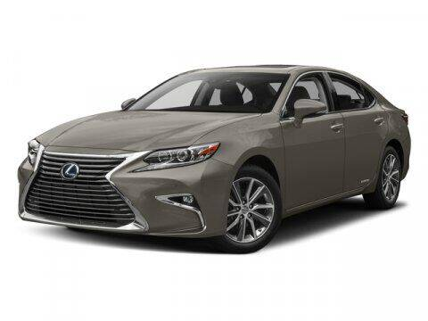 2017 Lexus ES 300h for sale at RDM CAR BUYING EXPERIENCE in Gurnee IL