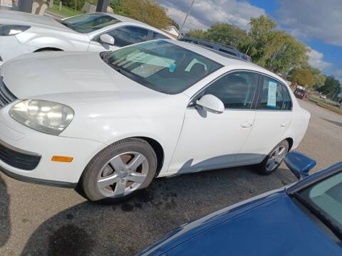2009 Volkswagen Jetta for sale at CASH CARS in Circleville OH