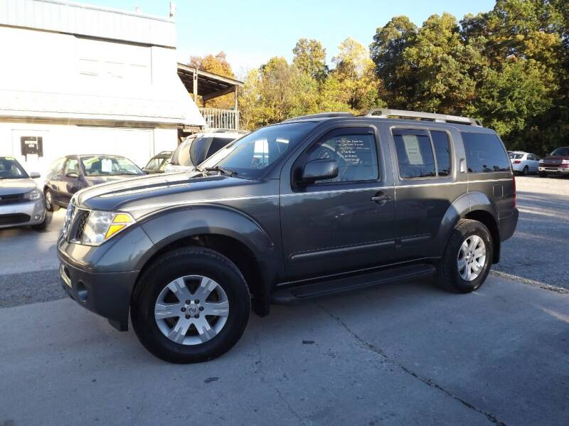 2005 Nissan Pathfinder for sale at Country Side Auto Sales in East Berlin PA