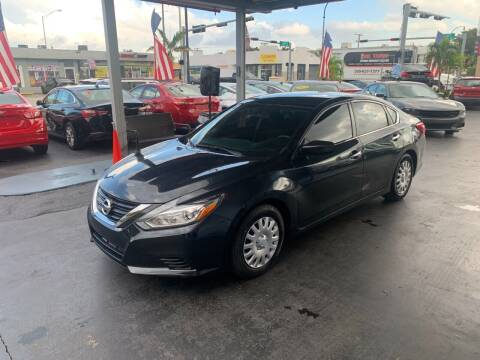 2017 Nissan Altima for sale at American Auto Sales in Hialeah FL