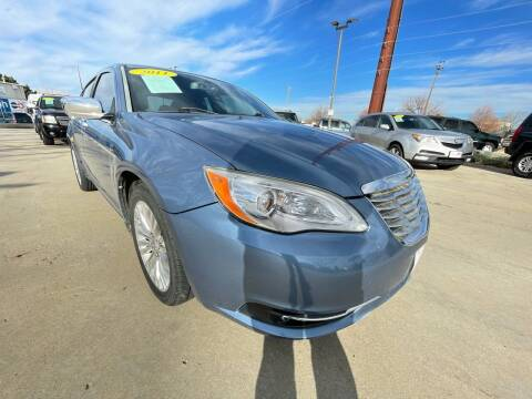 2011 Chrysler 200 for sale at AP Auto Brokers in Longmont CO