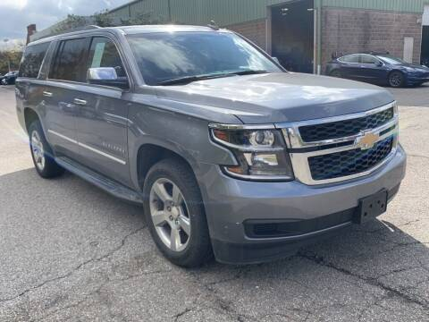 2019 Chevrolet Suburban for sale at Ganley Chevy of Aurora in Aurora OH