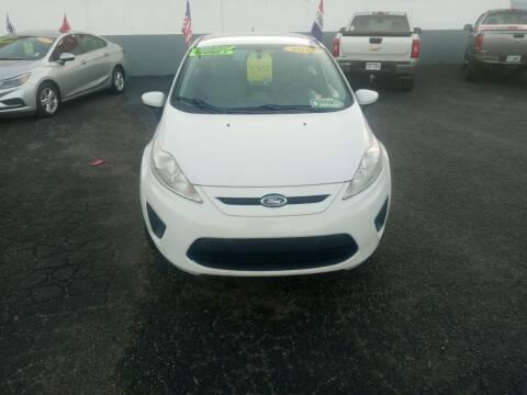 2013 Ford Fiesta for sale at L&T Auto Sales in Three Rivers MI