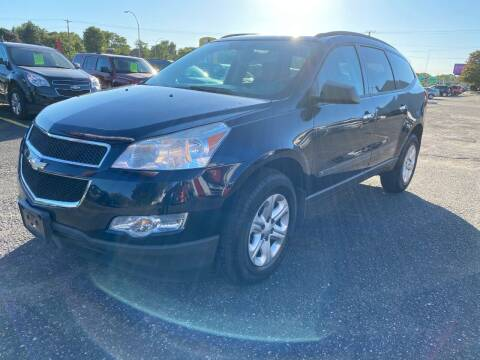2010 Chevrolet Traverse for sale at Auto Tech Car Sales in Saint Paul MN