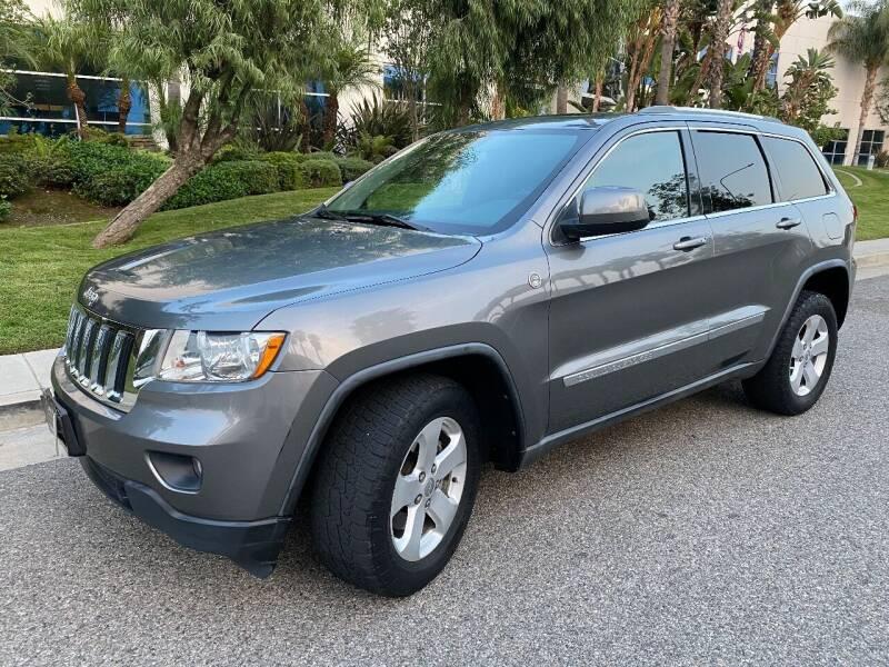 2012 Jeep Grand Cherokee for sale at Donada  Group Inc in Arleta CA