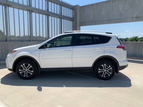 2018 Toyota RAV4 for sale at You Win Auto in Metro MN