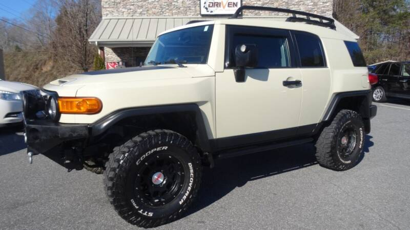 2010 Toyota FJ Cruiser for sale at Driven Pre-Owned in Lenoir NC