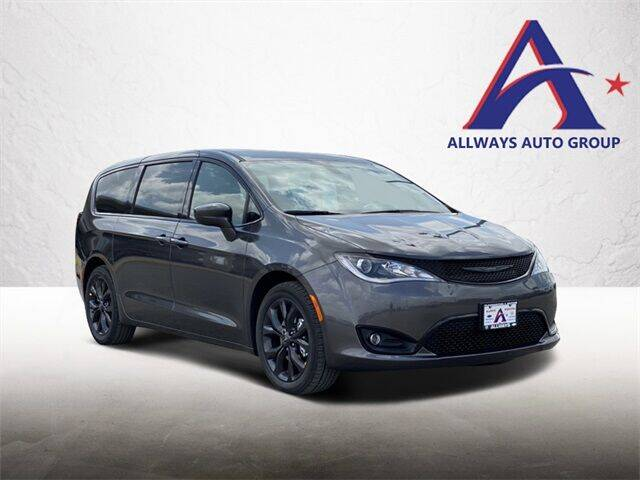 2020 Chrysler Pacifica for sale at ATASCOSA CHRYSLER DODGE JEEP RAM in Pleasanton TX